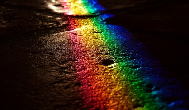 Rainbow-on-the-road-in-the-night_1024x600
