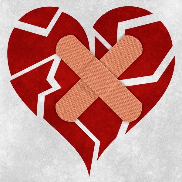 mending_a_broken_heart__psd_file_sjpg2493